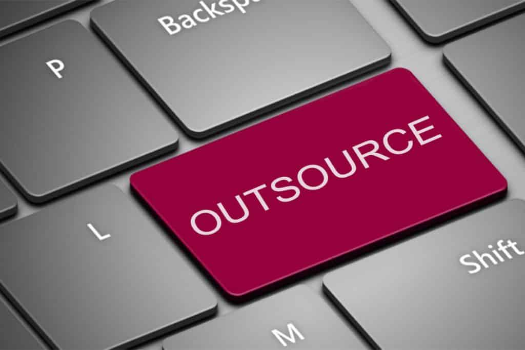 Tips to Successfully Outsource Web Development Project